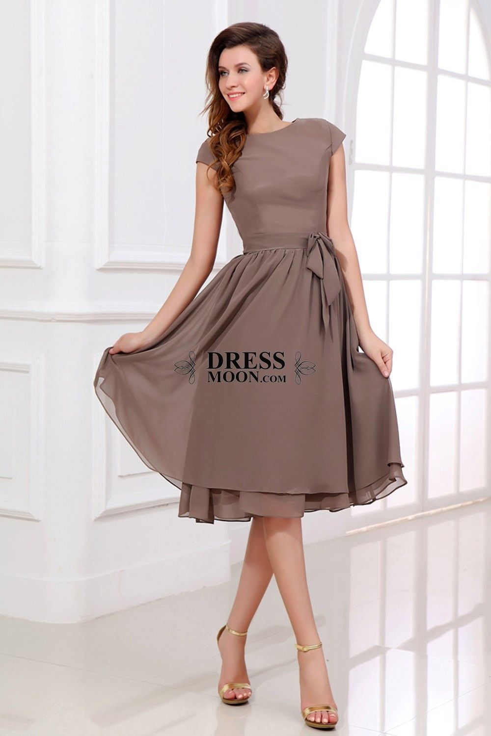 Chiffon bateau with short sleeves wedding party dress moda