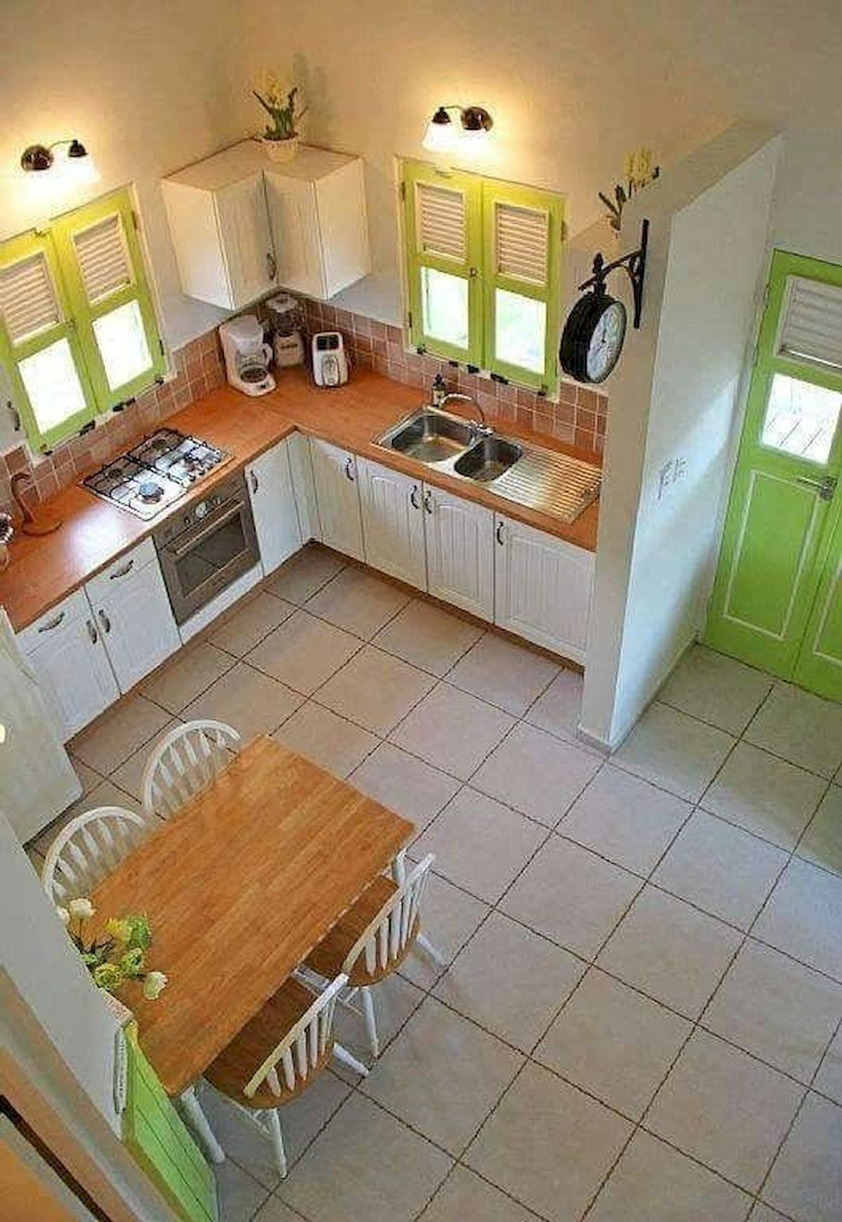Pin By Romy On Decor Small Modern Kitchens Modern Kitchen Design Small Kitchen Decor
