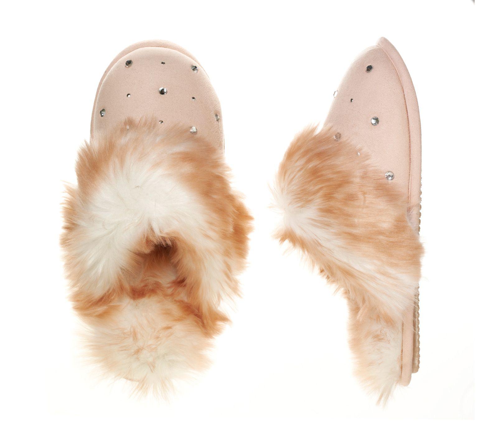 Dearfoams Embellished Scuff: Fluffy. Furry. Fuzzy. Fabulous ...
