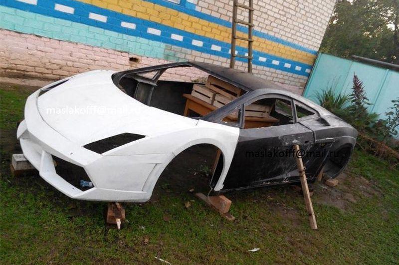 A Lamborghini Gallardo Replica In A Belarusian Garage Some