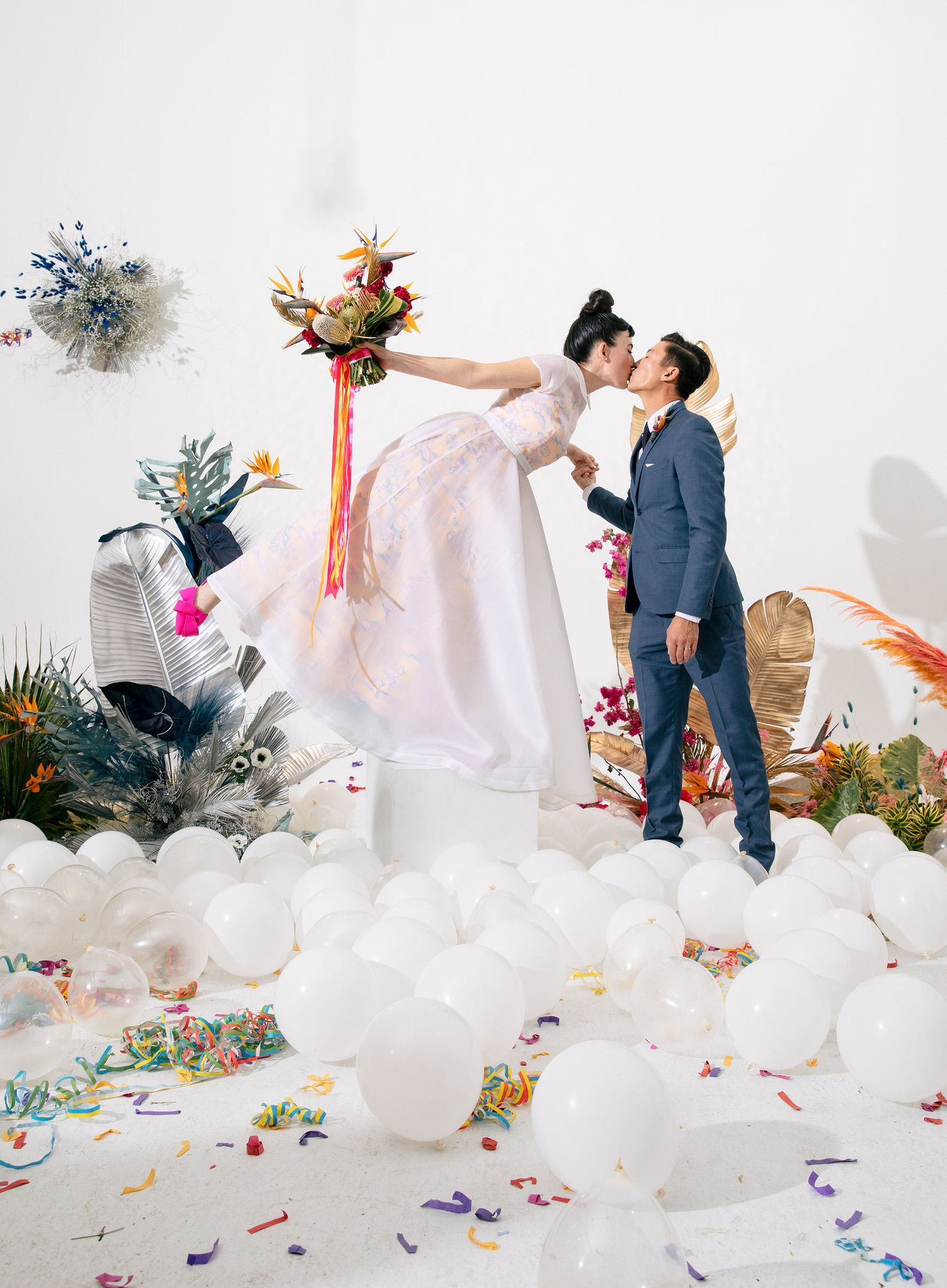 There was no shortage of color at this cool modern wedding in los