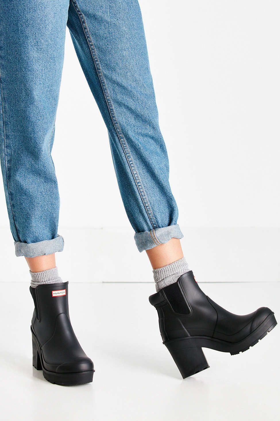 Hunter Original Block Heel Chelsea Boot - Urban Outfitters a213708538f