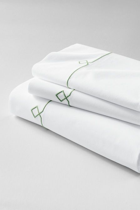 Tailored Hotel Percale Embroidered Diamond Sheet Set From