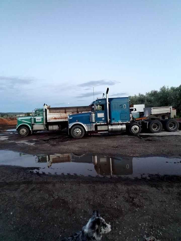 I guess the family may be completed now peterbilt
