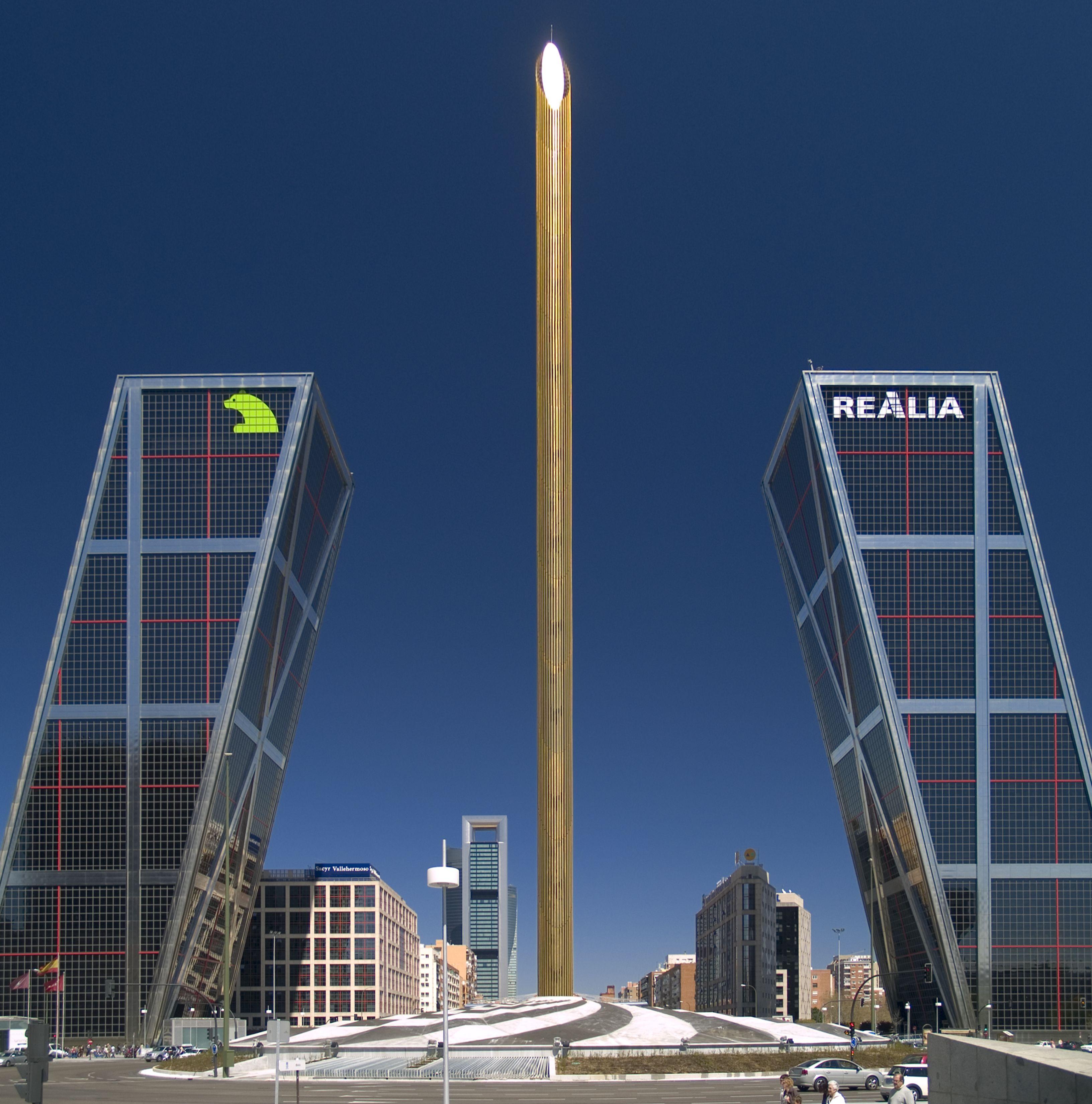 Puerta de europa madrid torres de la plaza castilla - Puerta europa almeria ...