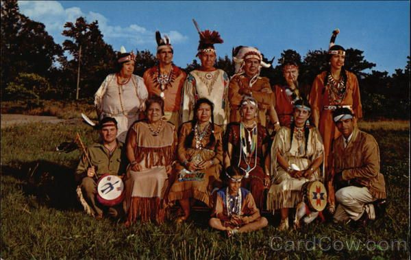 the history of the wampanoag indian community Plymouth colony plymouth colony (or plantation), the second permanent english settlement in north america, was founded in 1620 by settlers including a group of religious dissenters commonly referred to as the pilgrims.