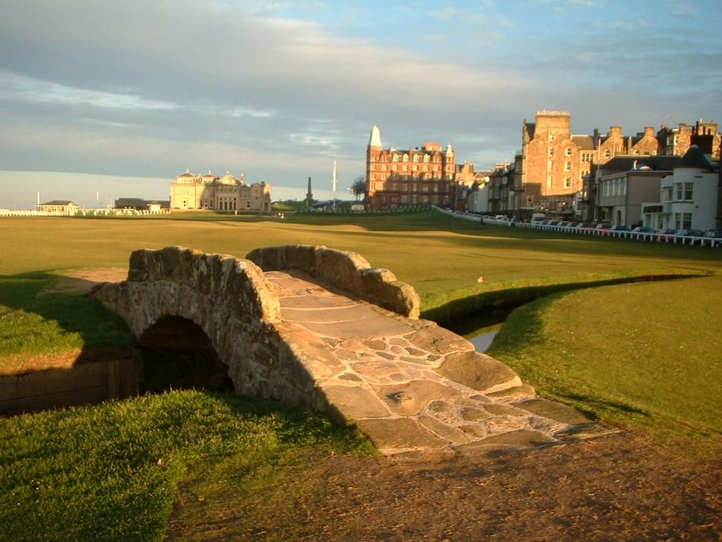The Castle Course St Andrews Golf Courses House Styles Mansions