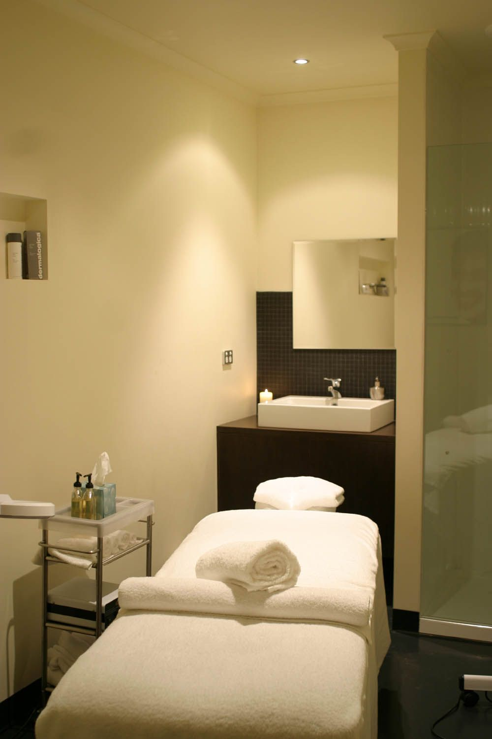 Massage Therapy Room Design Ideas: Face Works, Spa For Men, Richmond, Melbourne. Love The