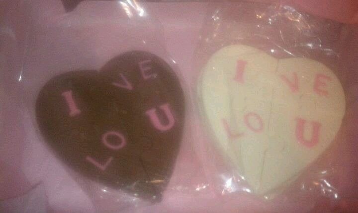 Chocolate puzzle hearts