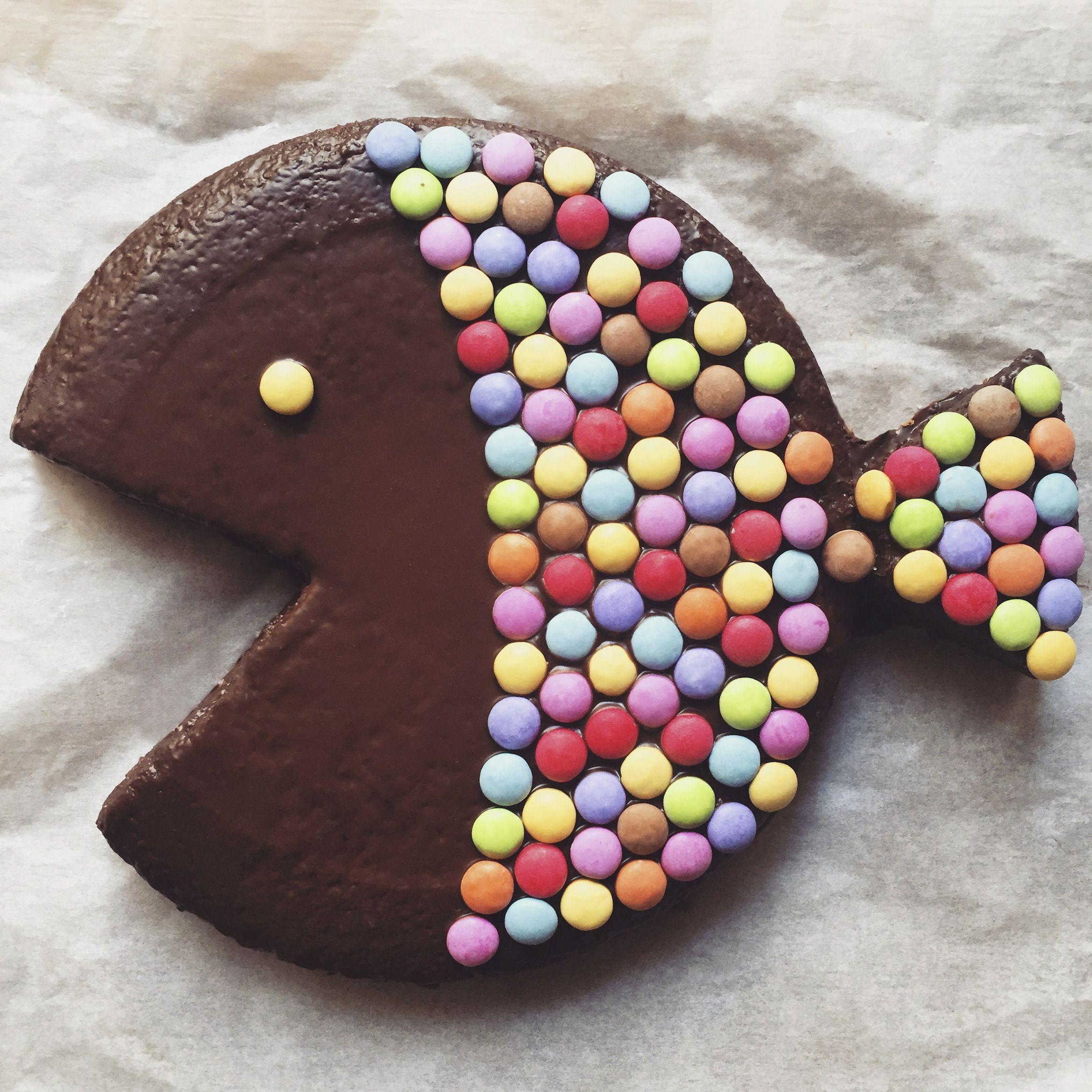 gâteau,chocolat,poisson,avril,smarties,le bonbon 4 œufs,190