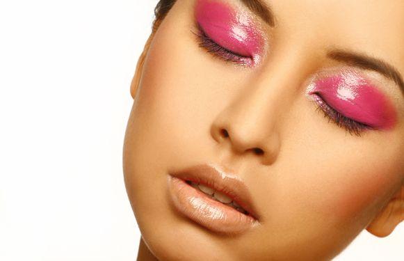 Photography by DinaLisa  Make up by Whitney Dubbeldam  Model Sissi Pham