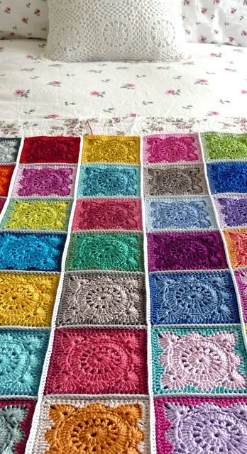 Beautiful Joining: just a very simple double crochet seam - Annie's Place <3