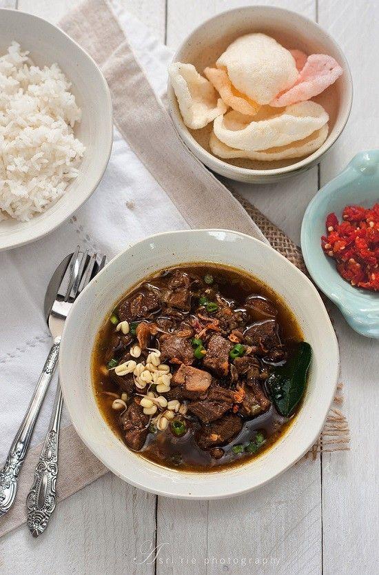 Resep Cara Membuat Rawon Empal Bumbu Sedap Yang Nikmat Yang Akan Dapat Anda Buat Di Rumah Dengan Mudah Dan Sederhana Resep Resep Masakan Indonesia Resep Daging
