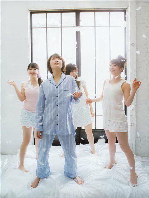 https://www.facebook.com/HarukaKudoFans/photos/pcb.1190689894376486/1190689791043163/?type=3