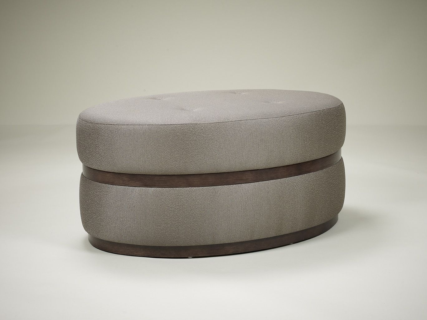 KENNEDY OVAL OTTOMAN | puf y cheislong | Pinterest | Sillones