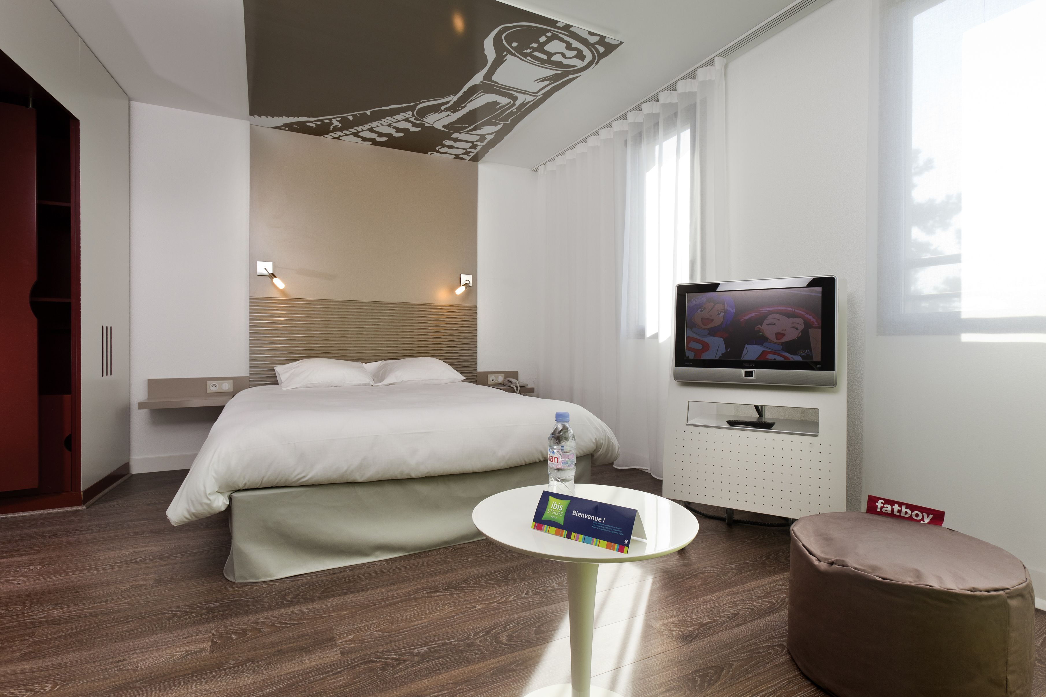 Chambre Ibis Styles Lille Aeroport Hotel Ibisstyles Lesquin Hotellesquin Hotellille Home Decor Lille Home