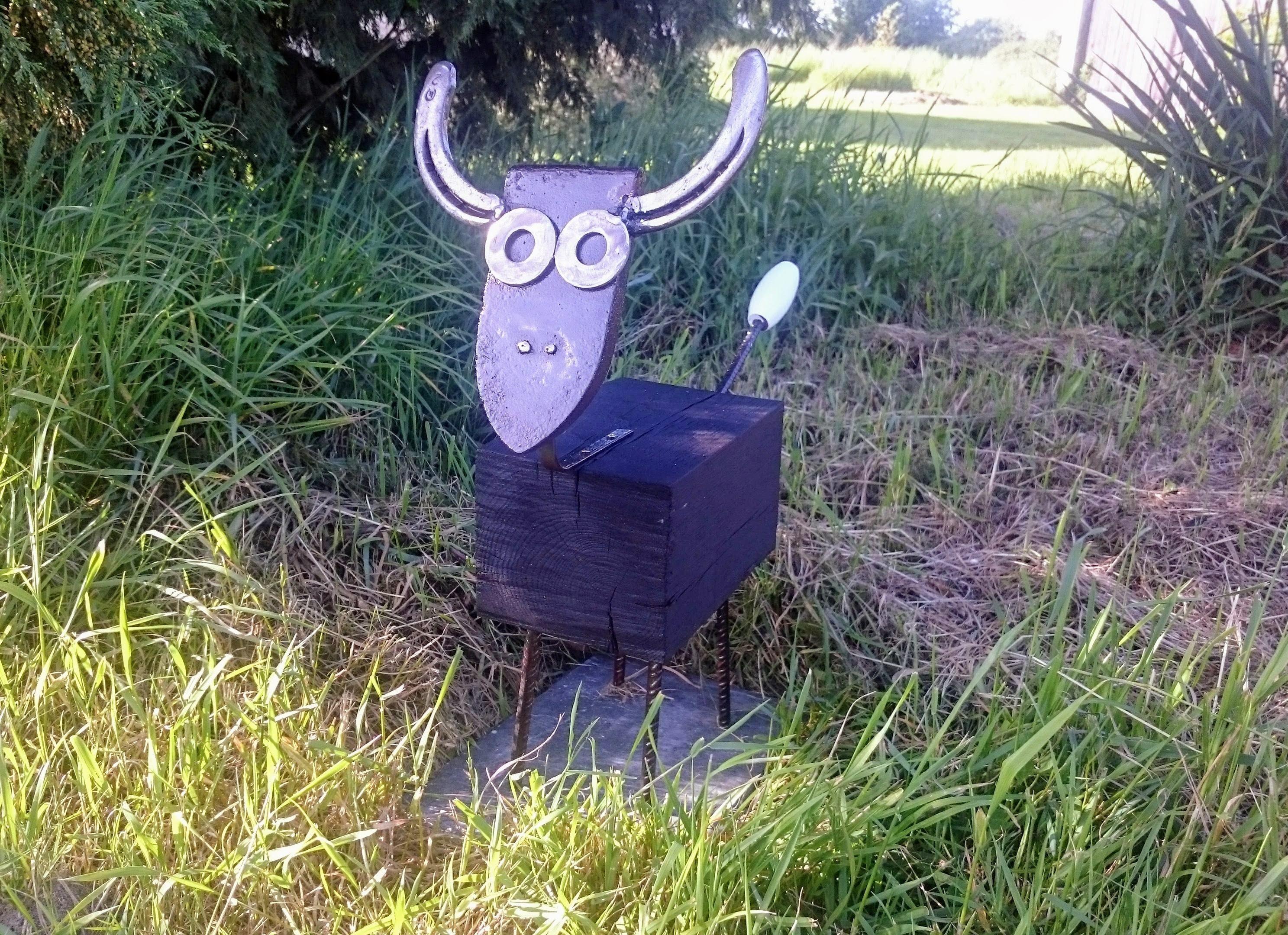 Vache fer repasser fer cheval bois art sur m tal pinterest repasser vache et bois - Deco jardin recyclage ...