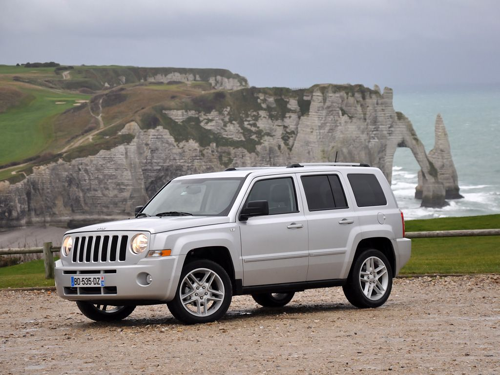 2012 patriot best priced suv in america jeep com cars pinterest jeep patriot jeeps and compact suv