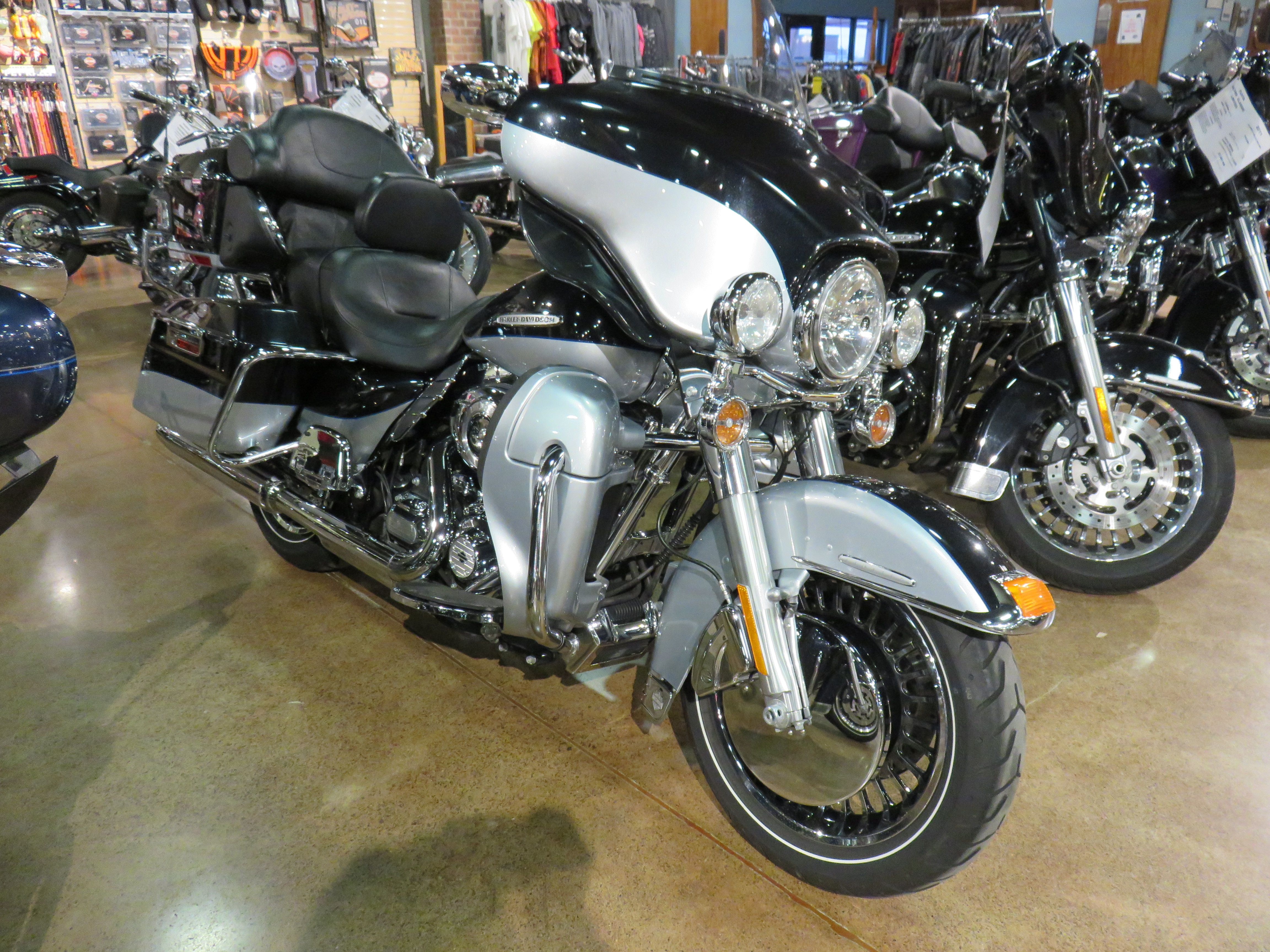 2013 harley davidson electra glide ultra limited two tone midnight pearl