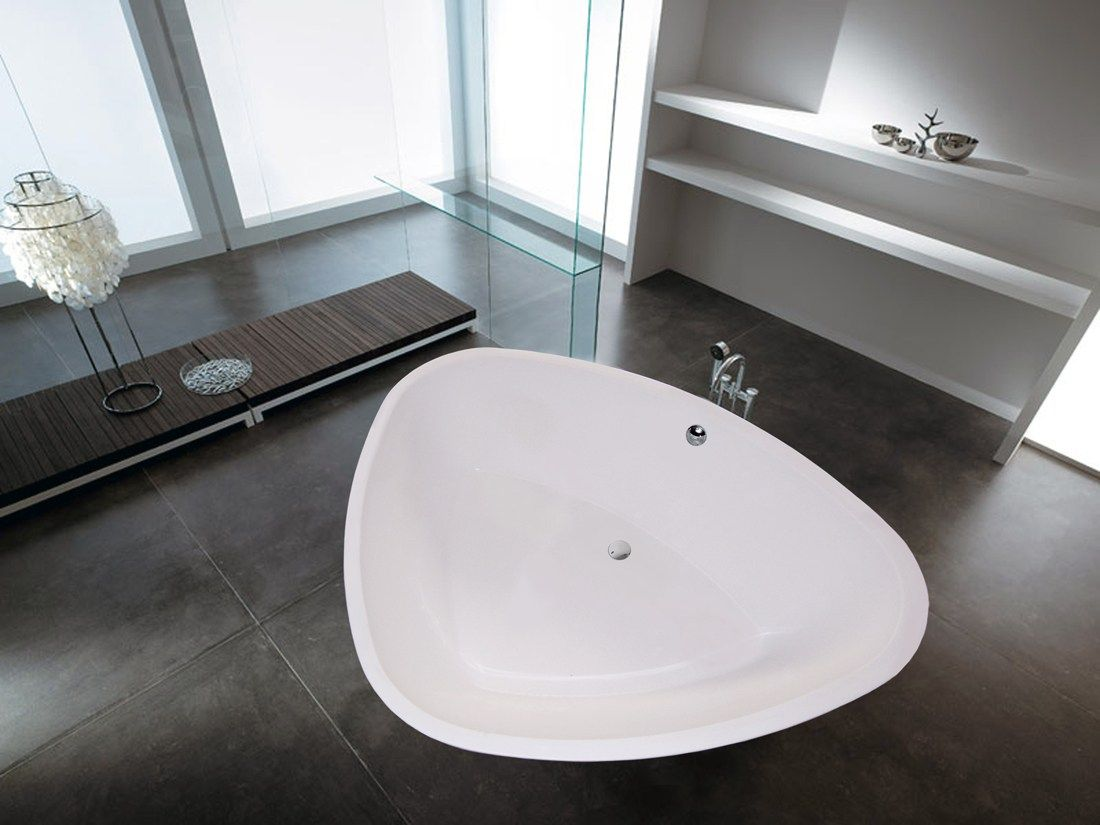 CONTEMPORARY STYLE FREESTANDING TRIANGULAR BATHTUB PURESCAPE 400 BY ...