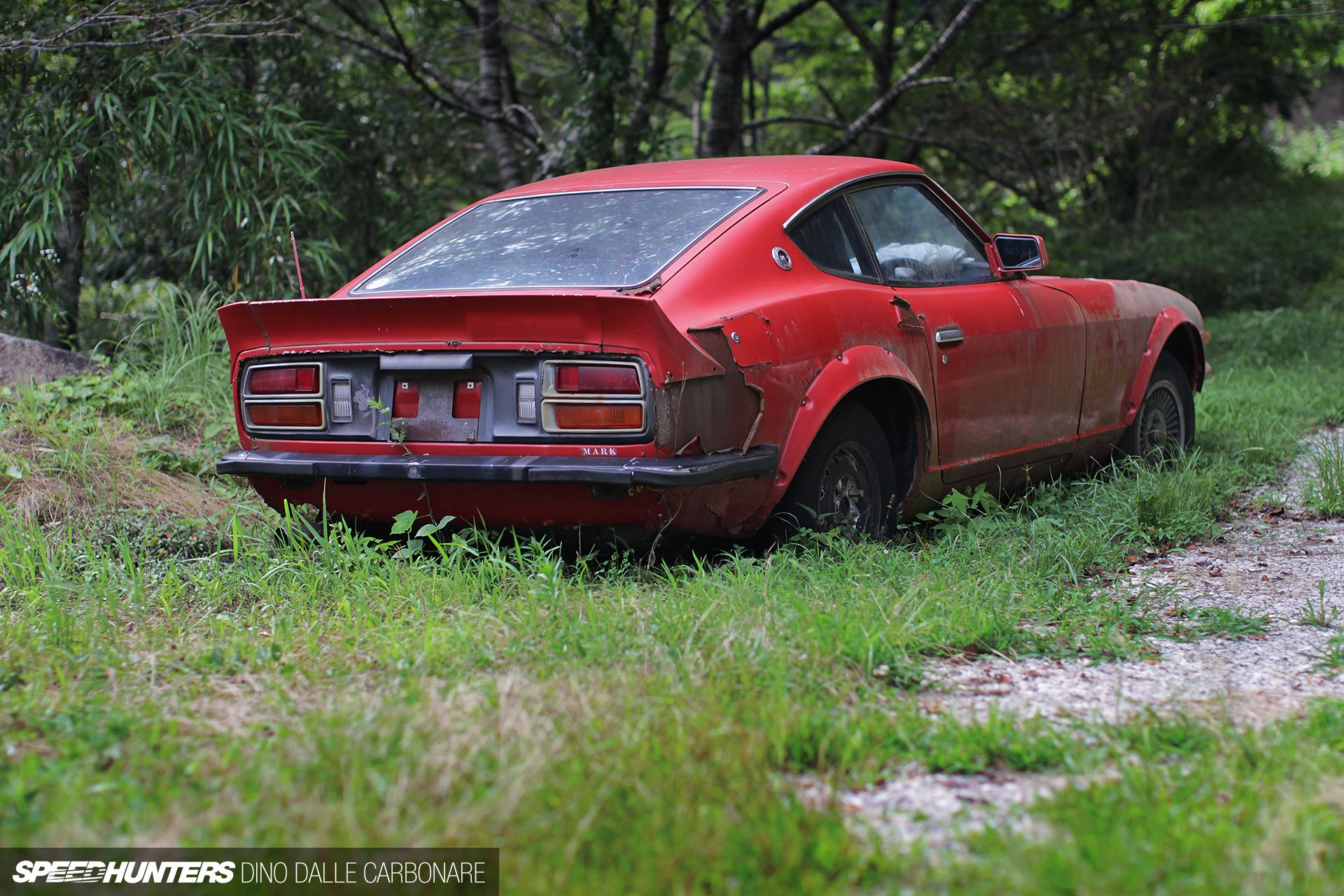 Kyusha Cemetery: Where Old JDM Cars Go To Die | Abandoned ...