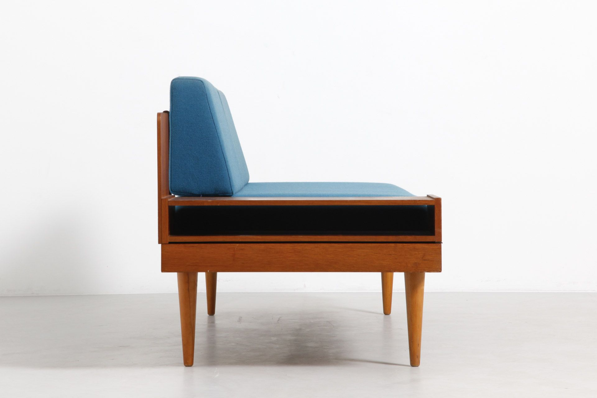 Sold Teak daybed with original blue coushions. Perfect condition. Produced by Hove Møbler in Norway.