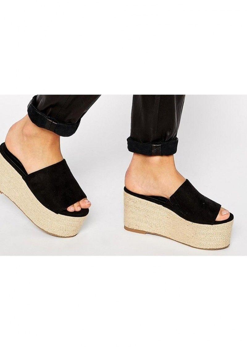 Sandálias de cunha chic