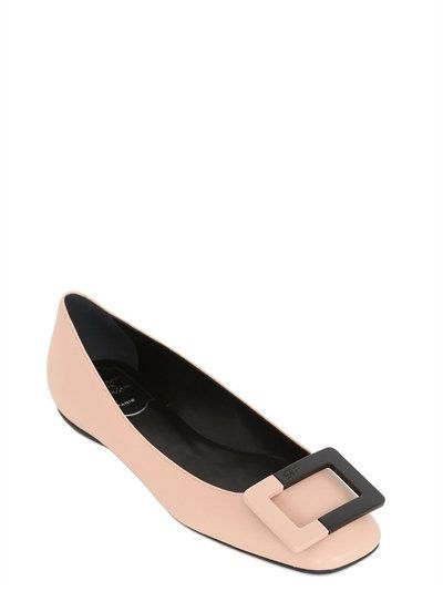 ROGER VIVIER 10Mm U Look Leather Two Tone Flats, Nude. #rogervivier #shoes