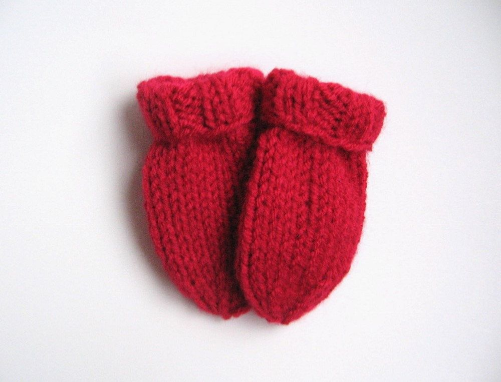 ACRYLIC WOOL RED BABY/'S HAND KNITTED MITTENS 6-12 MONTHS NEW
