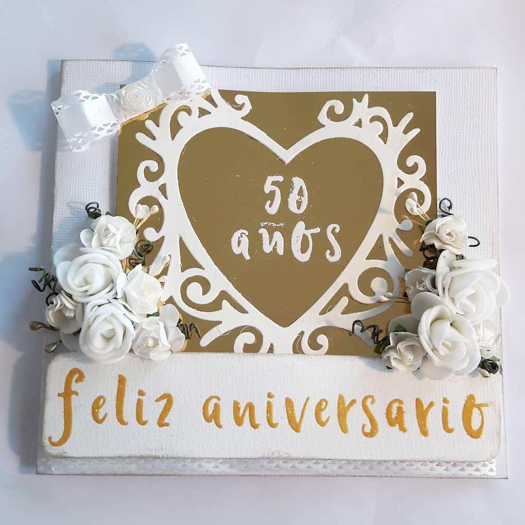 guldbröllop 50 år Ett kärt par fyllde 50 år gifta och fick en beställning på detta  guldbröllop 50 år