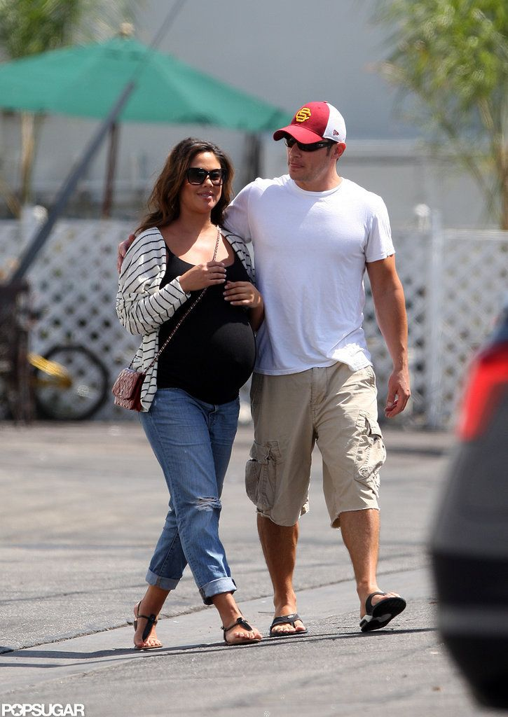 Nick Lachey and Vanessa Minnillo Have Breakfast While on ...