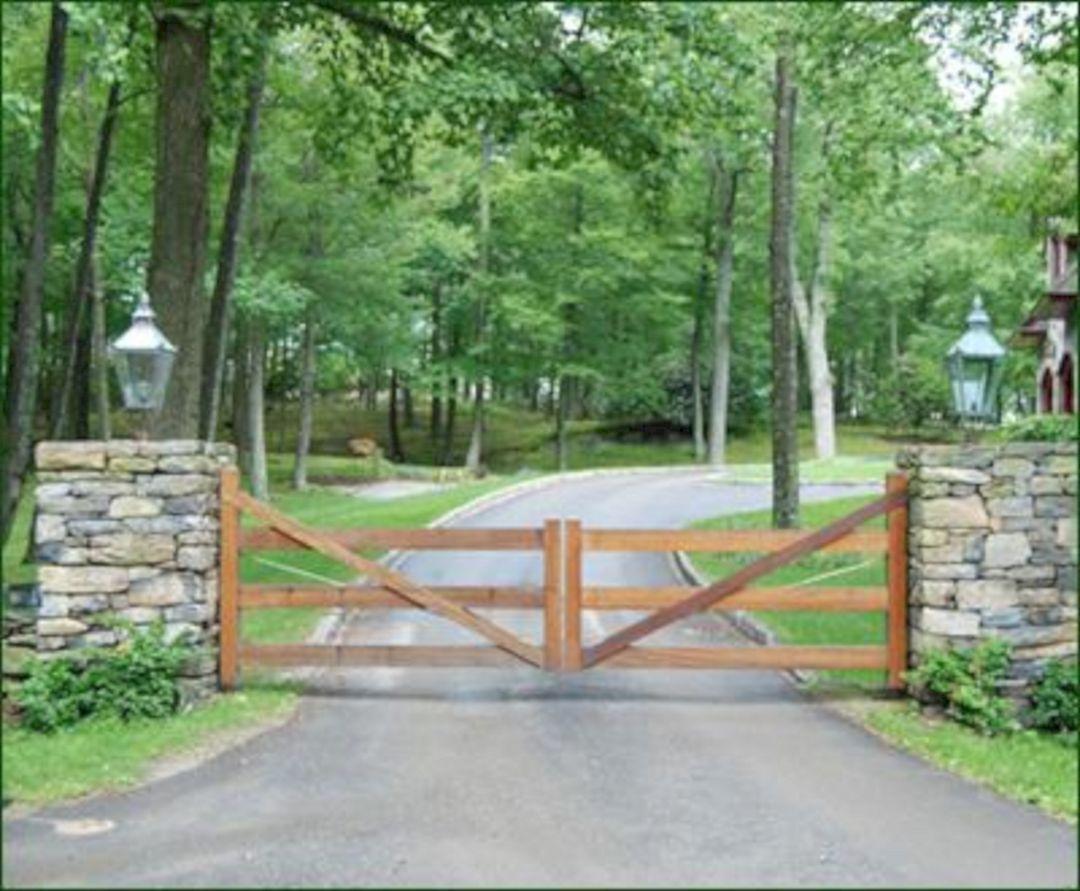 Farm Driveway Entrance Gate Ideas Decoredo In 2020