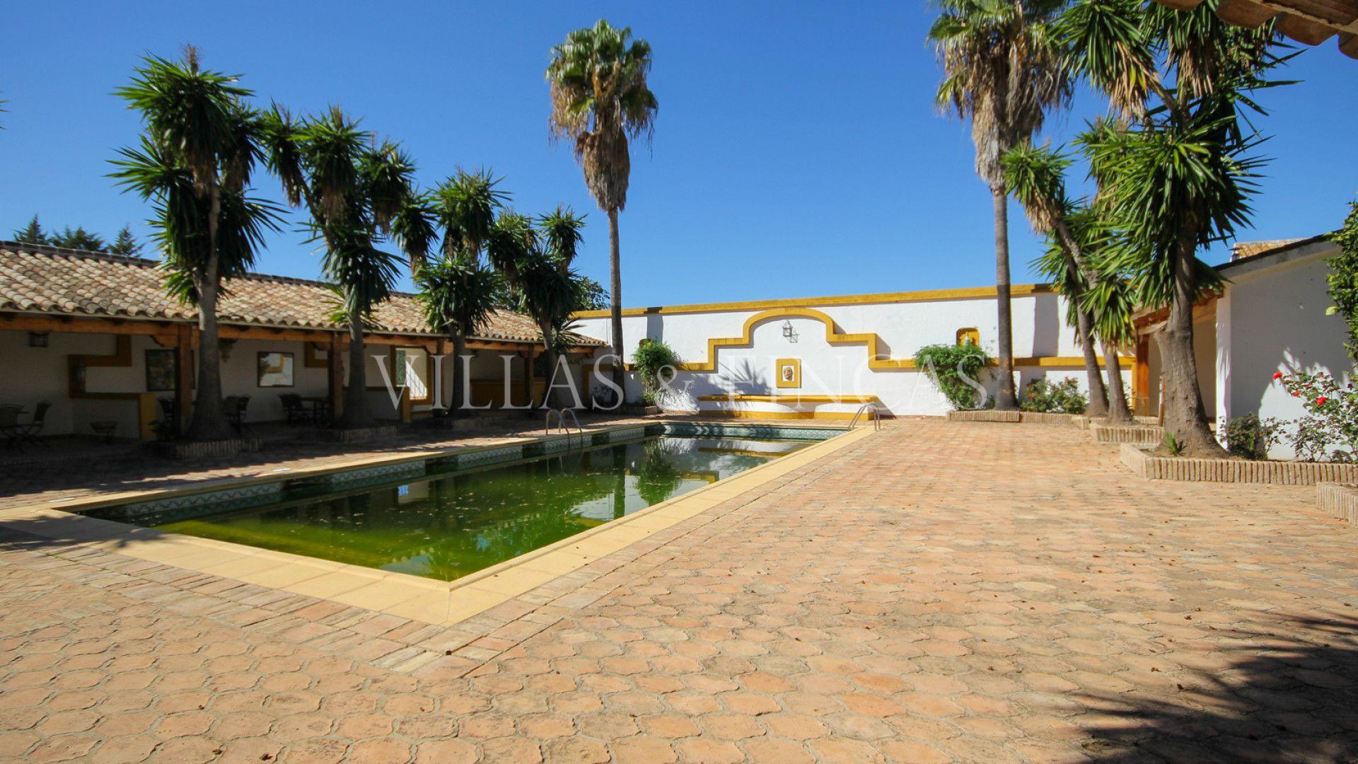 Hacienda en venta en Sevilla. Sensacional finca o Hacienda