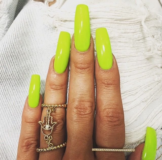 Lime green. Omg! I LOVE❣ that color. The nails are just too long ...