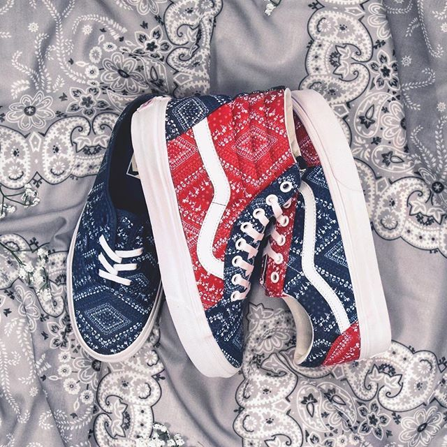 @Vansgirls Bandana print shoes - for the 4th (and everyday after).  Don't mind if we do. #Tillys