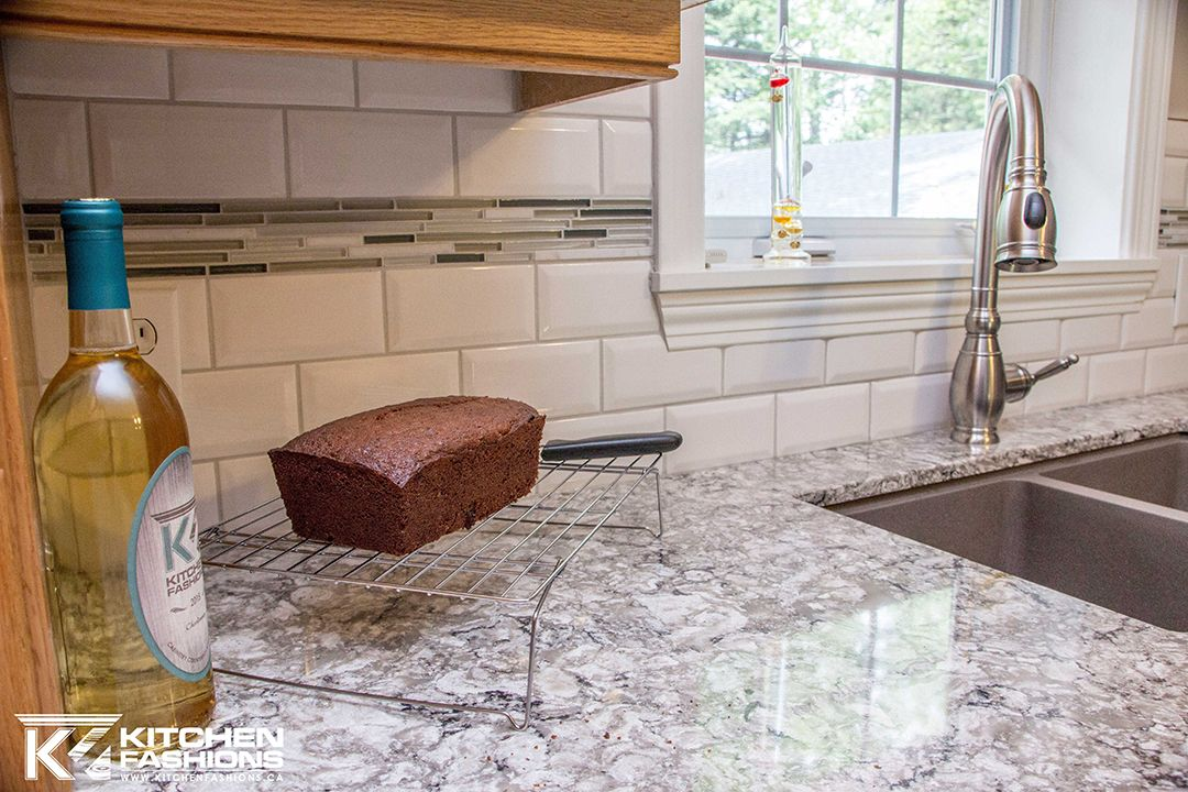 White Subway Tile With Accent Strip Kitchen Inspirations
