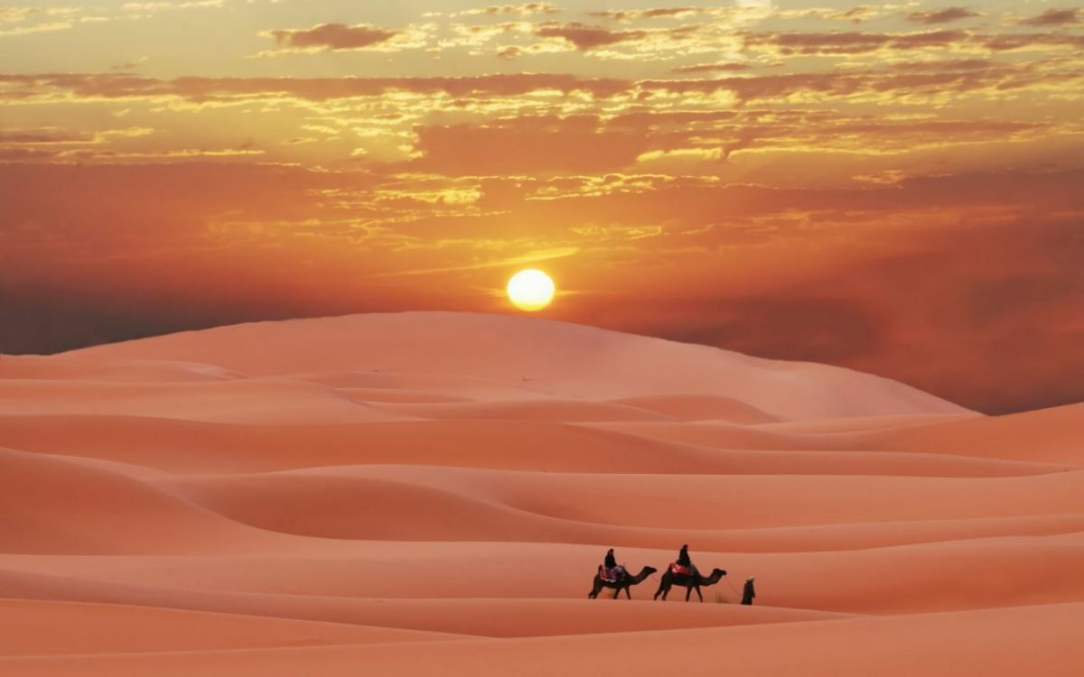 Sahara Algerien Coucher De Soleil Beau Coucher De Soleil Paysage