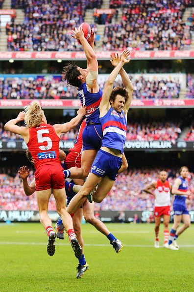 Tom Boyd of the Bulldogs marks the ball during the 2016 AFL Grand Final match between the Sydney Swans and the Western Bulldogs at Melbourne Cricket...