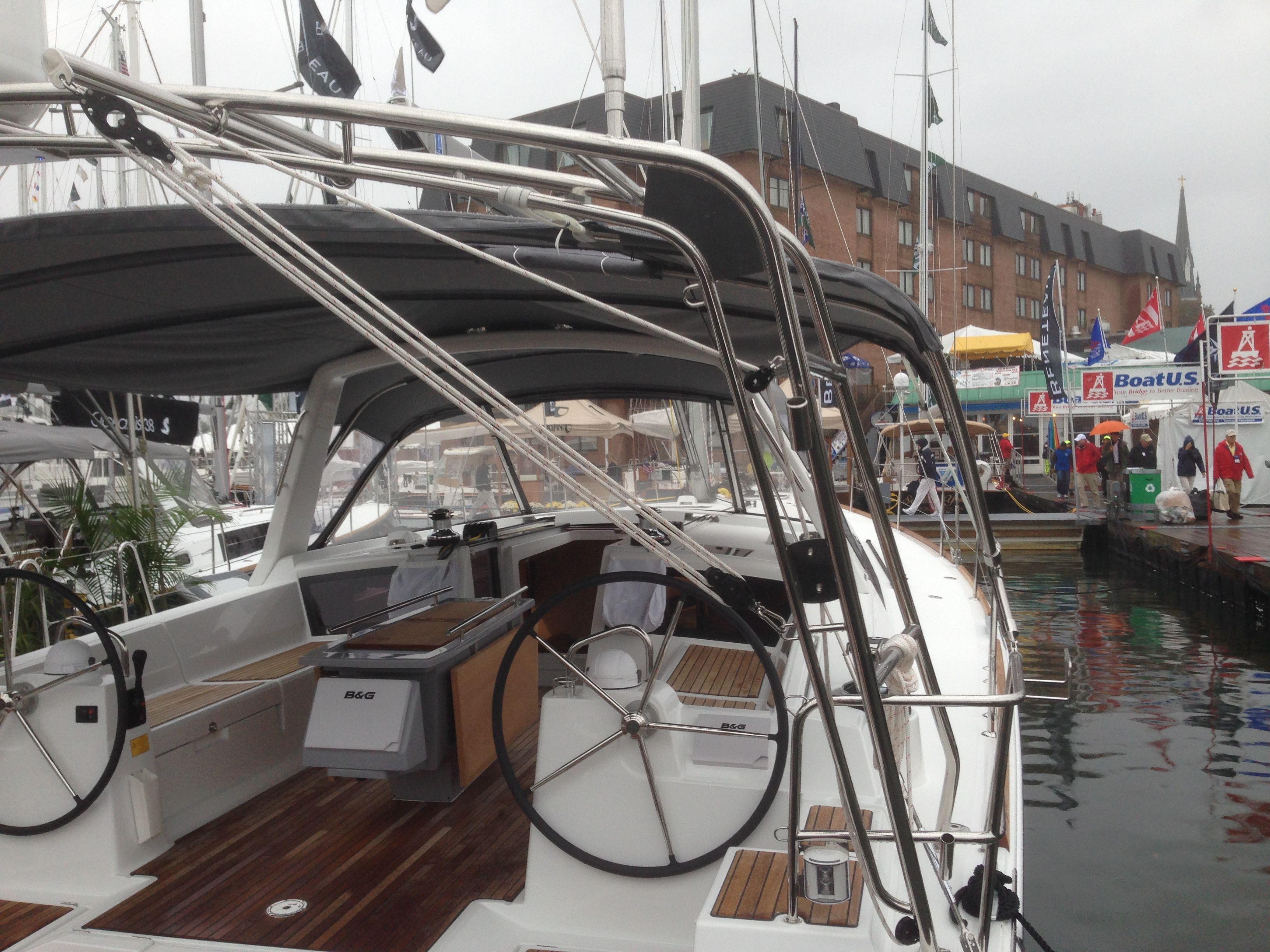 Beneteau Oceanis 48 Bimini And Arch Http Www Murrayyachtsales Com Sailing Beneteau Beneteau Oceanis 48 Sail Cockpit Bimini Dinghy
