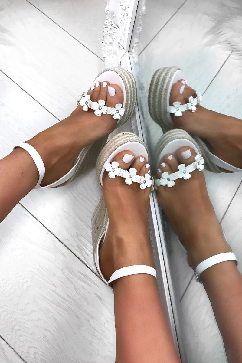 cbbe7ef9a3c9 Wedges are BACK and this time in style. Check out our HOT FARRAH daisy  wedges