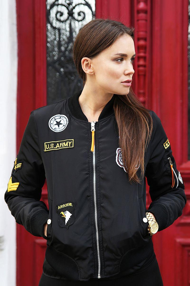 Kurtka Dwustronna Bomberka Z Naszywkami Czarna Sprawdz Te Oraz Inne Kurtki Na Modoline Pl Bomber Jacket Varsity Jacket Jackets