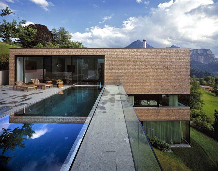 Moderne häuser mit pool in österreich  Baumschlager Eberle Einfamilienhaus Böhler-Jutz | Modern Houses ...