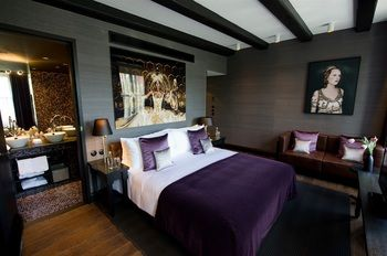 One of our Great Rooms.   Luxury Hotel / Boutique Hotel / Travel / Explore / Beautiful Hotels / Amsterdam / Room Service