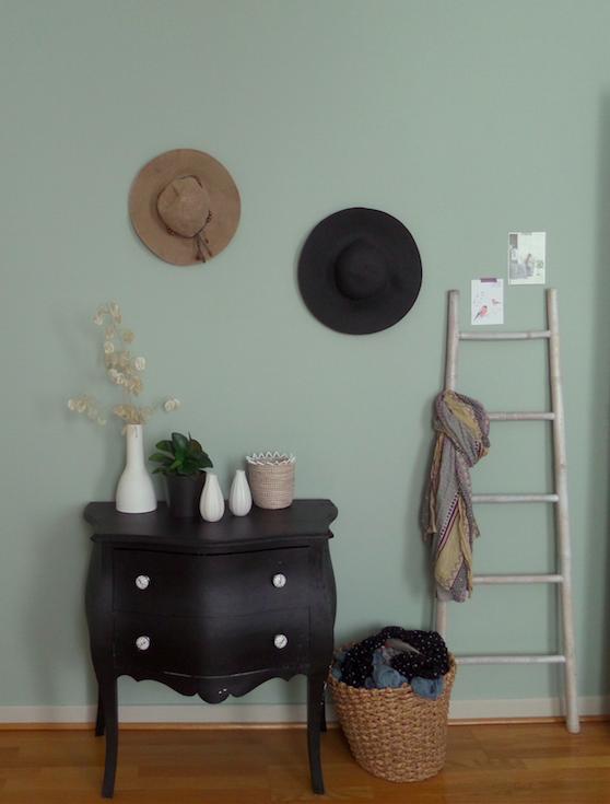 peinture couture vert de gris dulux valentine chez nat et. Black Bedroom Furniture Sets. Home Design Ideas