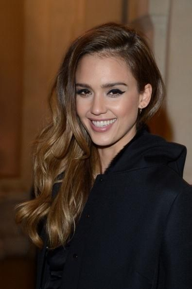 Jessica Alba Hairstyle Jessica Alba Hair Curled Hairstyles Hairstyle