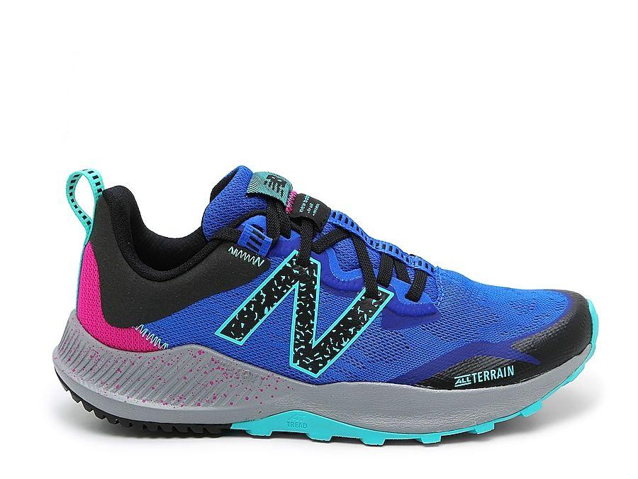 new balance trail shoes women