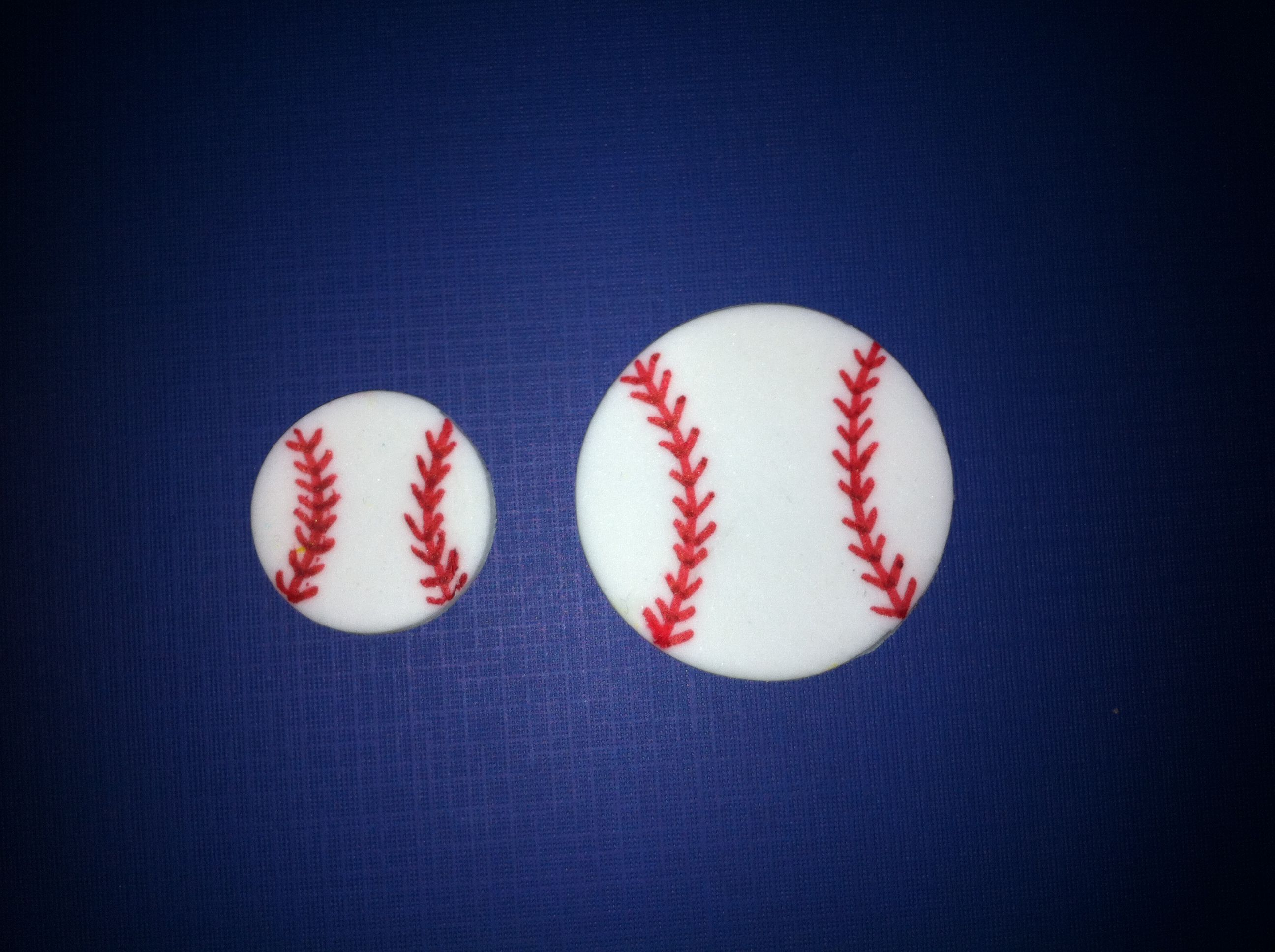 Baseball fondant cupcake topper and cake toppers!