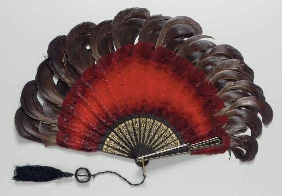 Feather brisé fan        about 1910