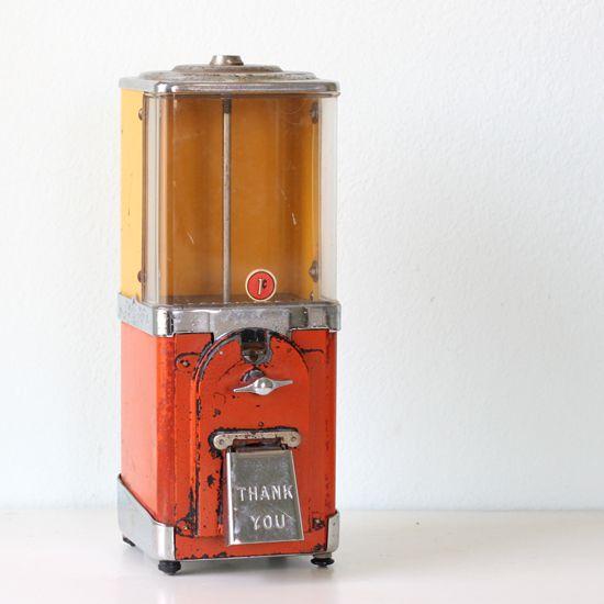 Vintage Candy Machine NOSTALGIA BELLOS RECUERDOS