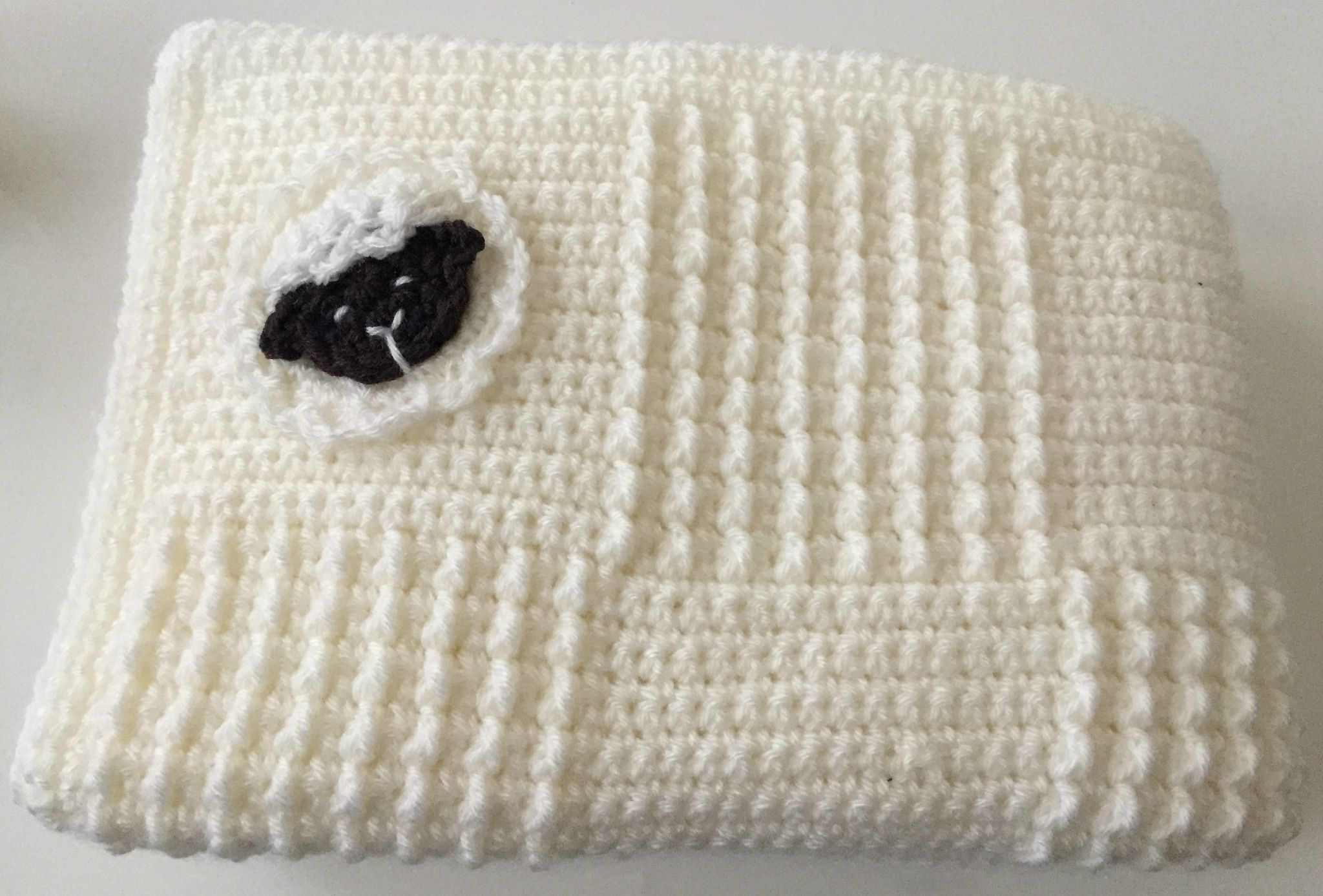 C comme... Couverture - Claire crochète!   Tricot et crochet, Crochet pour enfants et Couverture ...